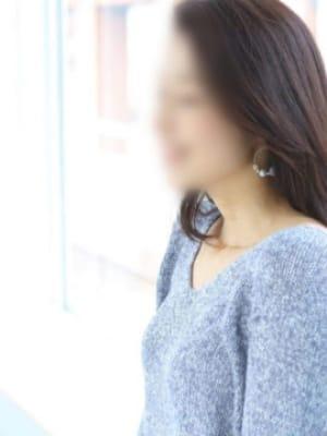 倉科 りり【妖艶さがある美人セラピスト】 | 万香の宴()