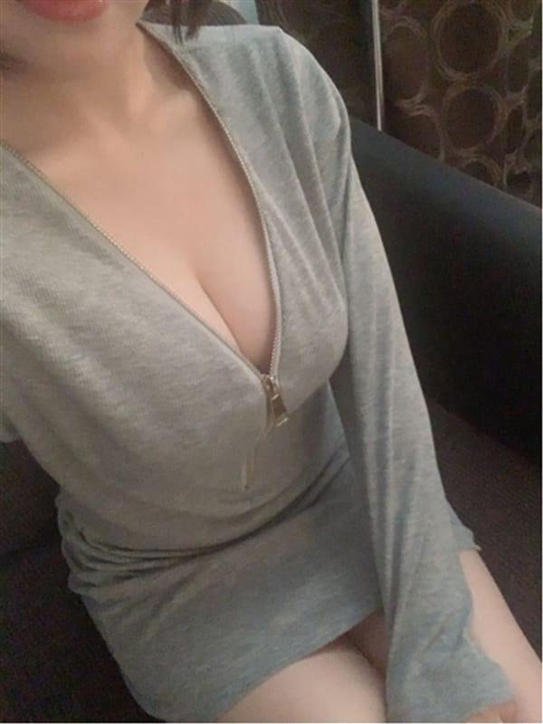 ひまり【清楚系ハイレベルな可愛さ】 | エムズスイート()