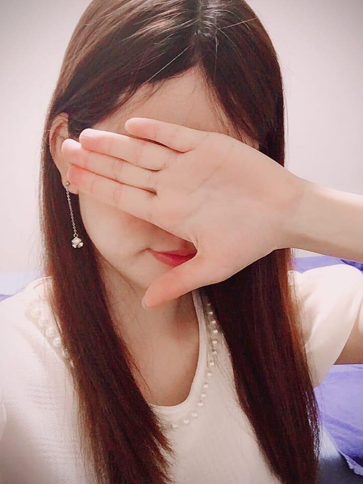 ゆり   新横浜 シャツ