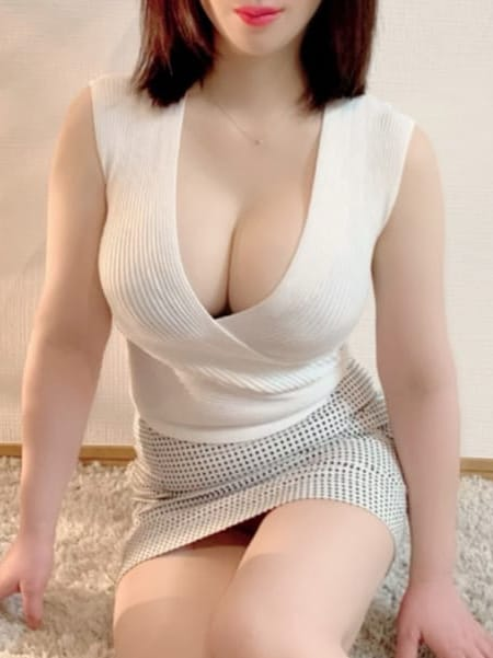 長岡ほなみ【大人気陶器白肌Hカップ美女】 | 日本橋JYUKU女スパ 熟れた果実()