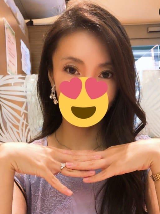 れい | Mrs G (ミセス・ジー)()