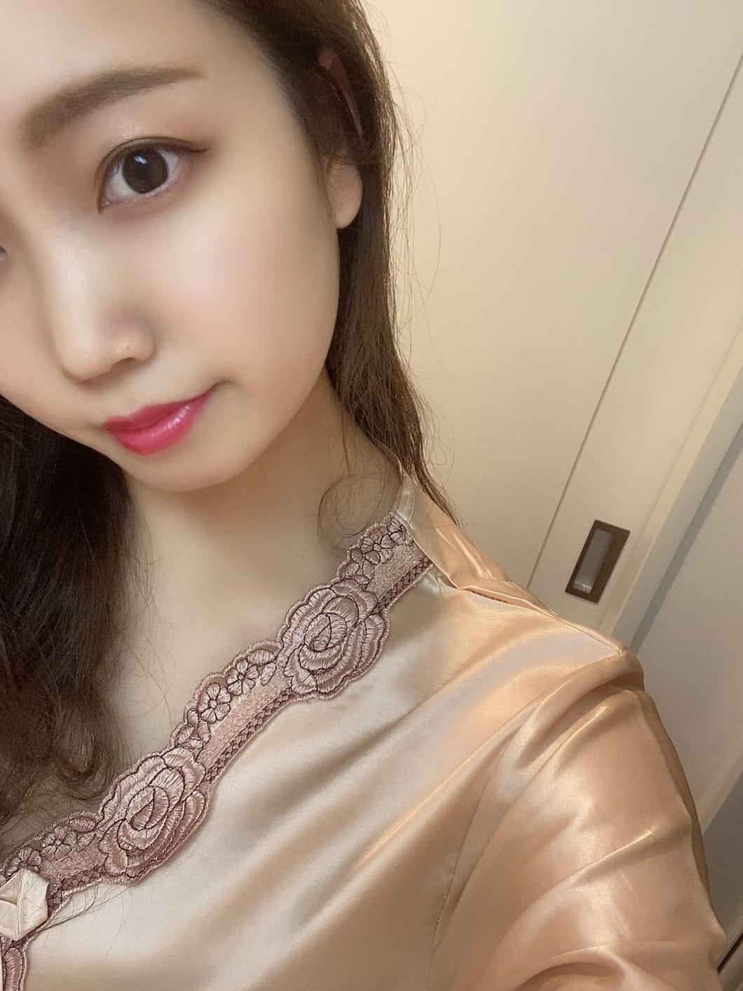 鈴(すず)【明るく元気なキュート系女子!】 | GOSSIP-ゴシップ-()