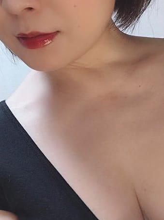水嶋 なつこ | ミセスバタフライ()