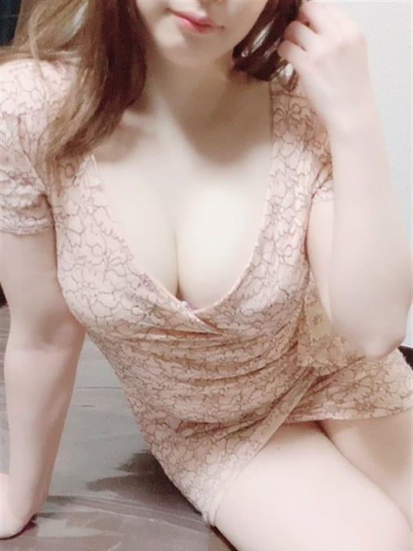 香坂ゆづき | KANON(カノン)