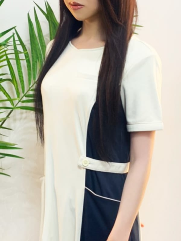 ひびき【透き通るスベスベな白い肌】 | AROMA 美美~アロマ ミミ~()