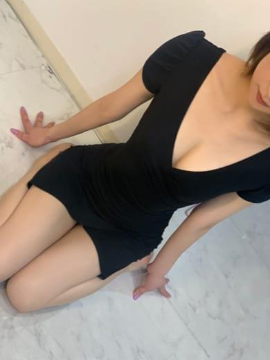 ゆな【♡芸能人レベルの最高峰美女♡】 | AROMA 美美~アロマ ミミ~()
