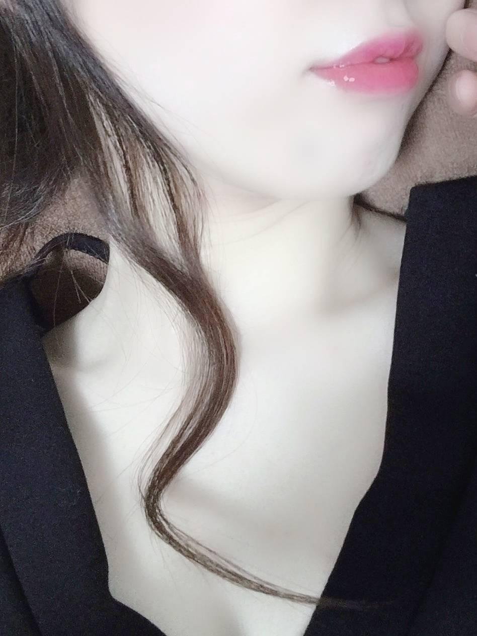 三上しほ | Sanasunty(アロマ・サナサンティ)