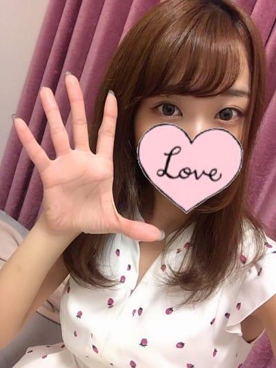 りお【清純系セラピスト】 | fiora()