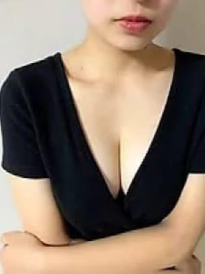 白川 奈保 | EST GIRLS 十三ルーム