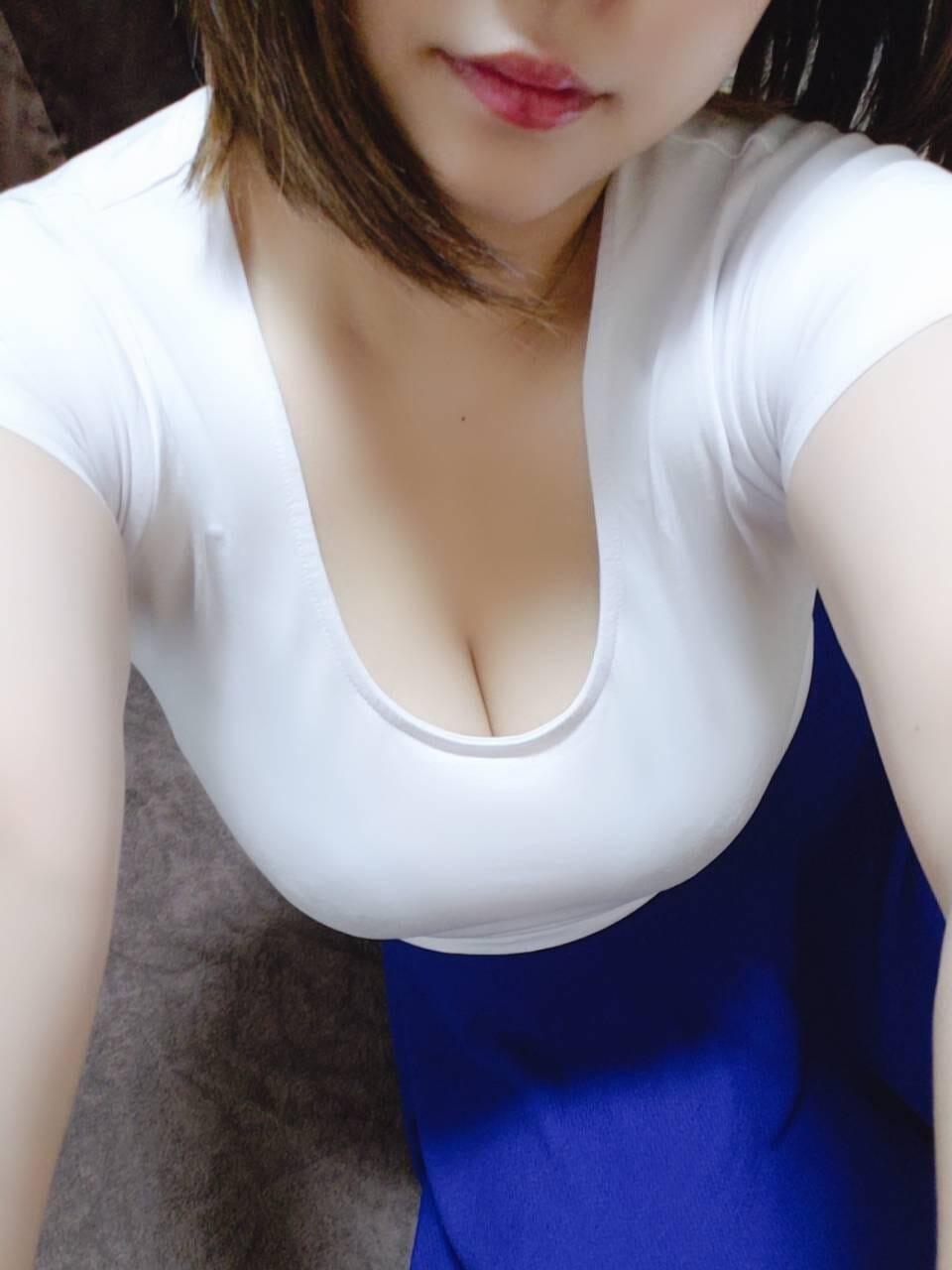 黒瀬あゆむ | F..(エフ)