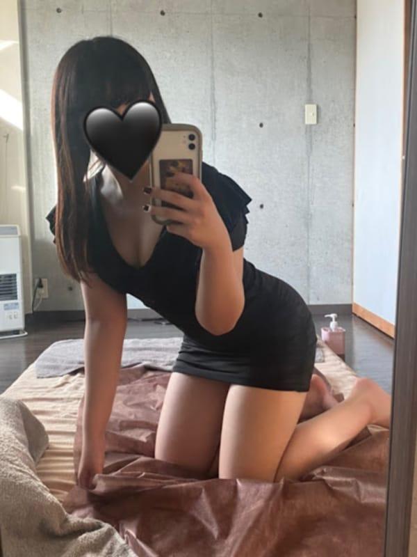 伊織 | Innovative beauty salon 百花繚乱