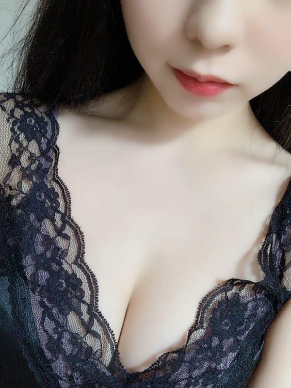 川本 なつ | メンズエステ東京Sence ~センス~