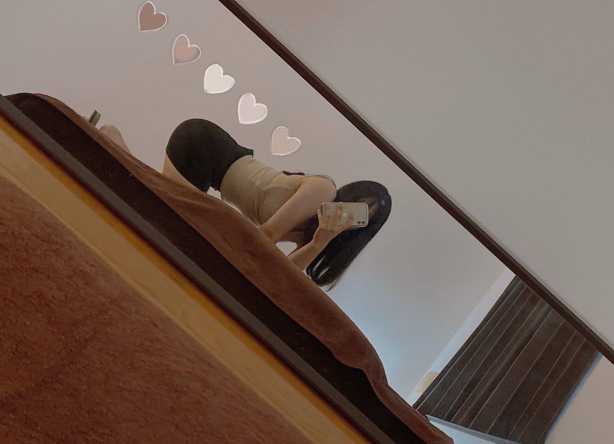 「おはようございます(´・ω・)」01/18(月) 18:38 | ひなの写メ日記