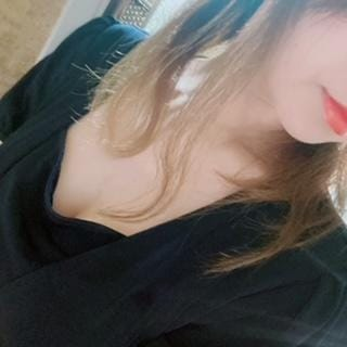 「うれしい♡」02/10(水) 18:38 | 穂乃花HONOKAの写メ日記