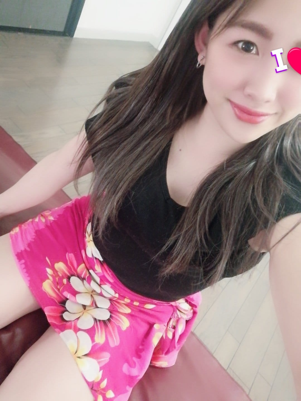 「こんにちは!」03/04(木) 22:40 | 小野えりかの写メ日記