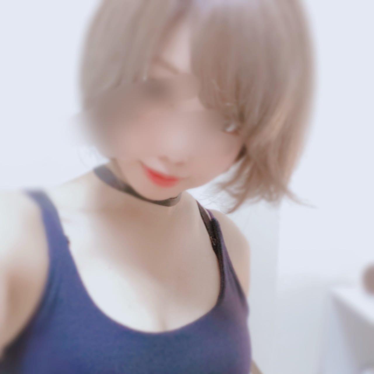 「随時twitter更新中!」04/10(土) 19:46 | るな【SP対応可】の写メ日記