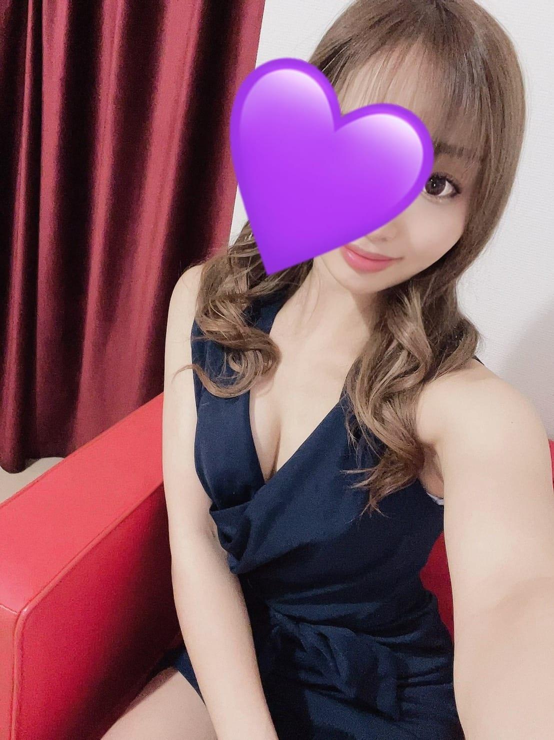 「こんにちは♡」04/12(月) 17:28   綾瀬 みなの写メ日記