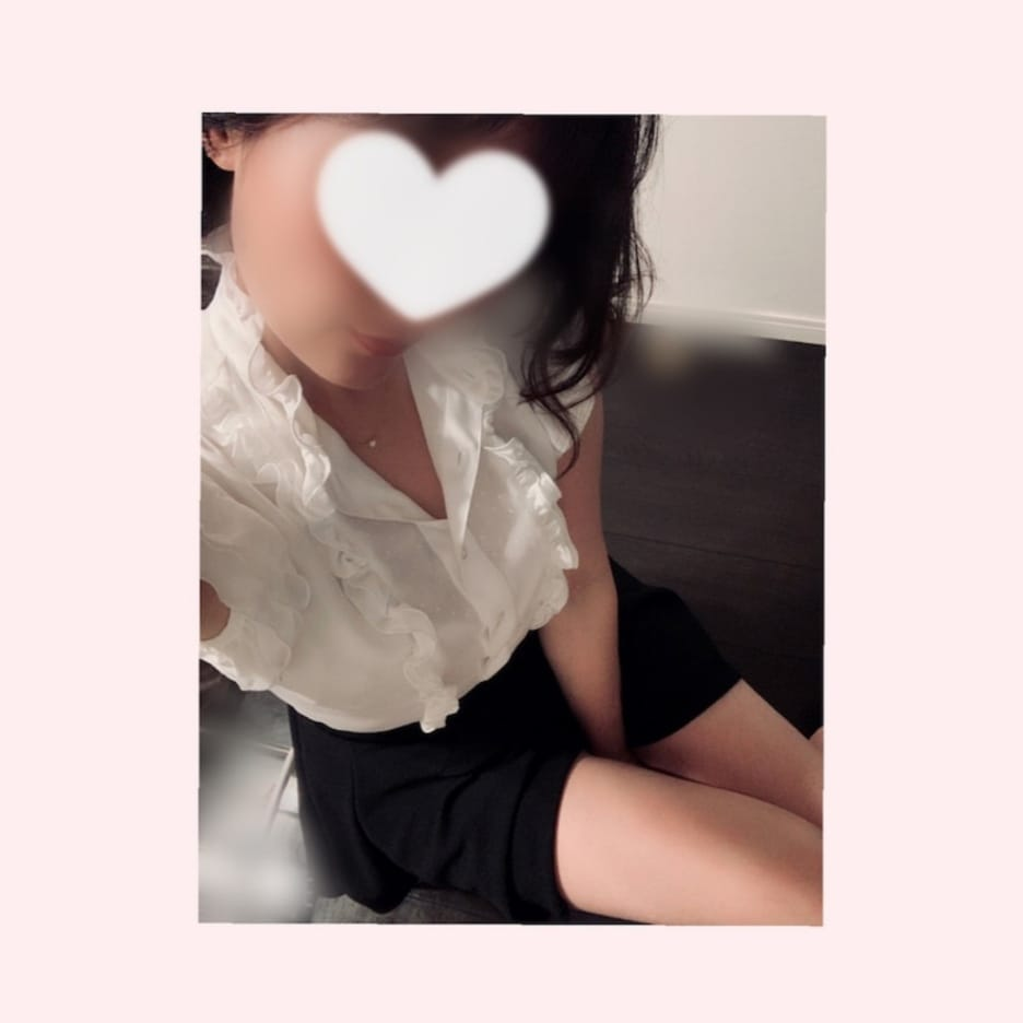 「出勤しました♡」05/29(土) 11:22   かれんの写メ日記