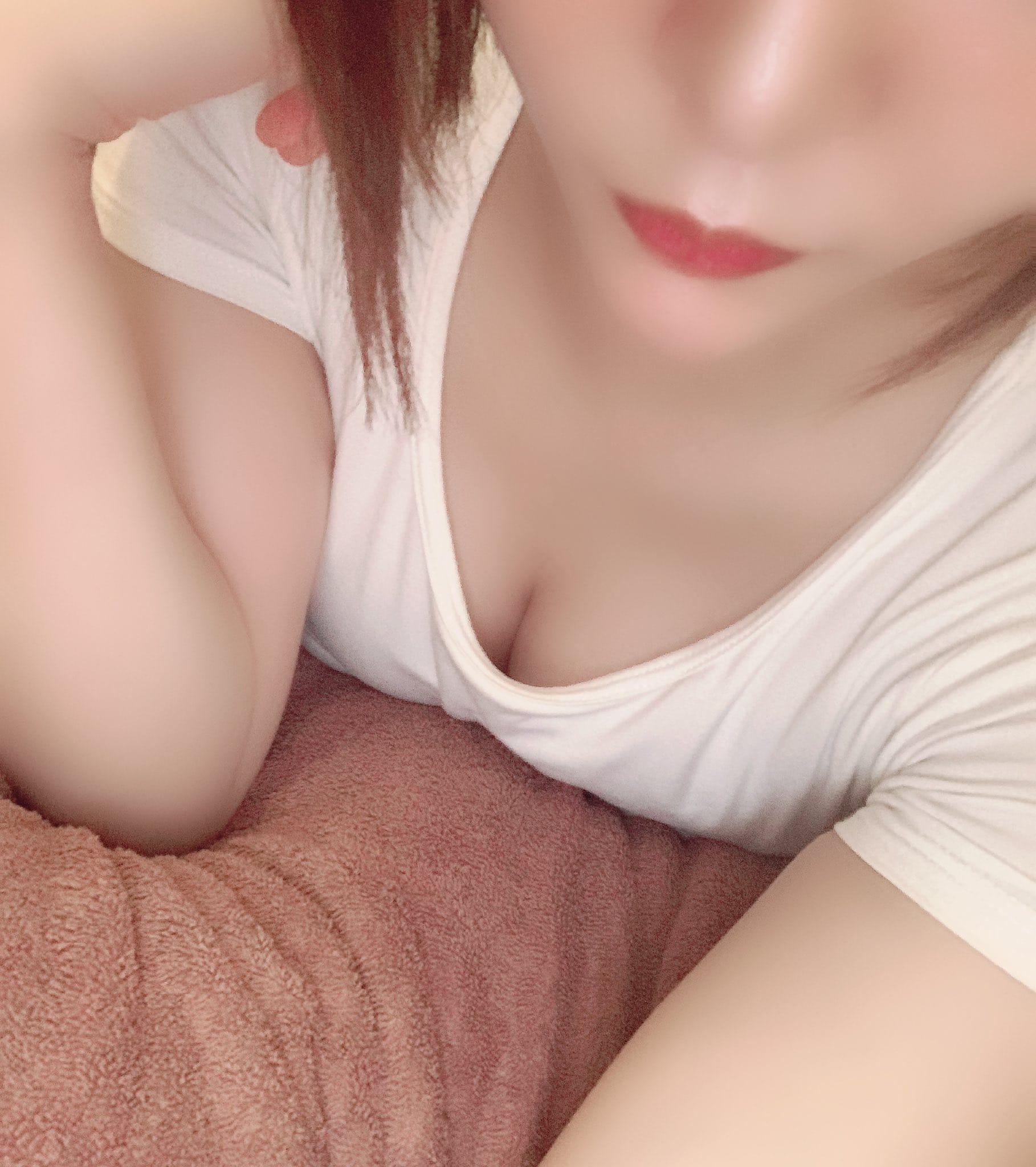 「こんばんは!」06/11(金) 00:29   一ノ瀬 せなの写メ日記