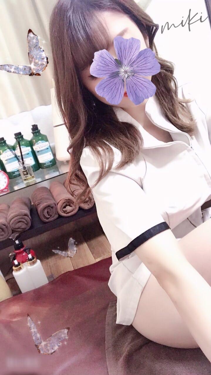 「暑いですねえ」07/10(土) 14:28   小桜みきの写メ日記