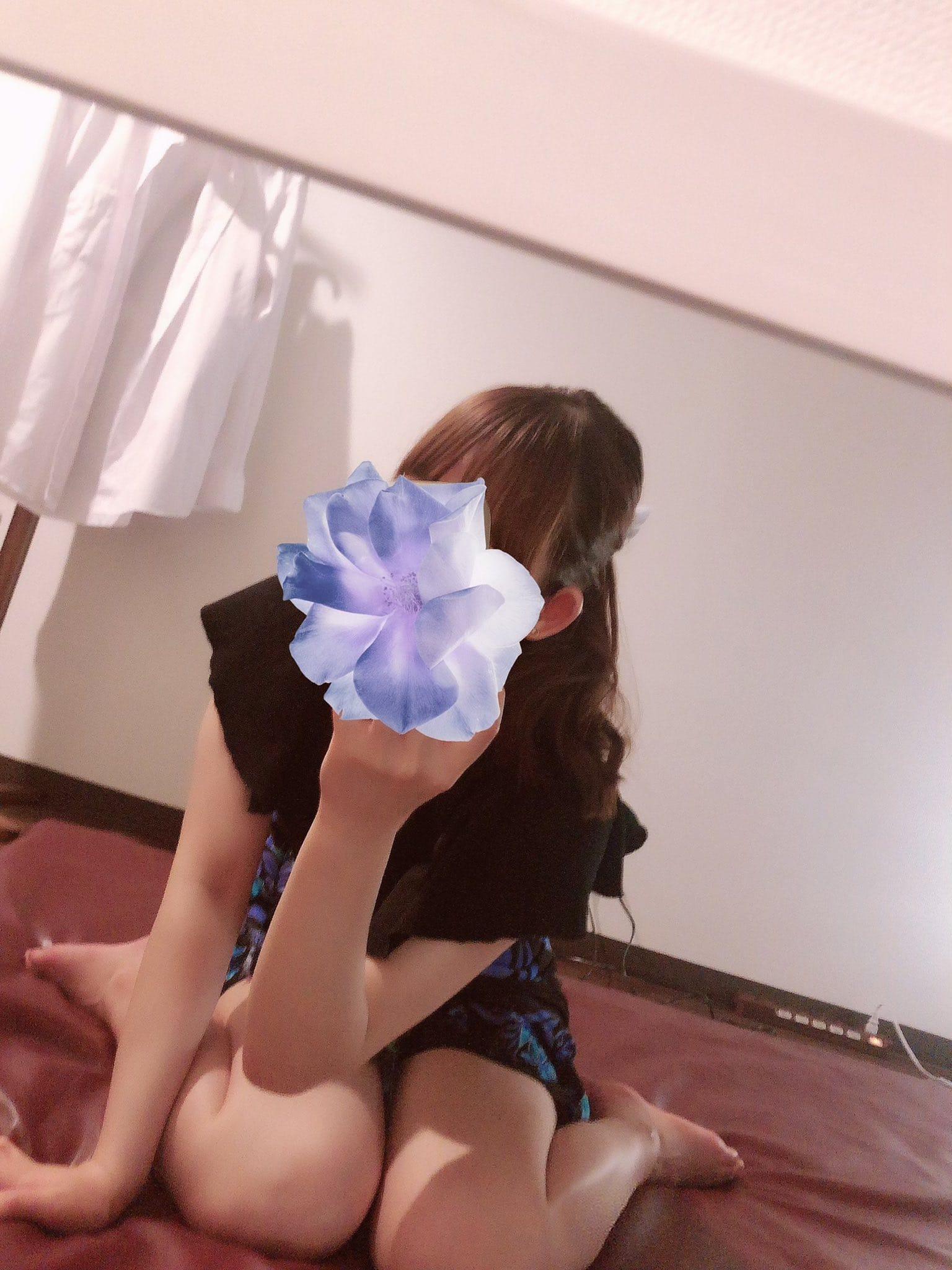 「こんにちは!」08/15(日) 07:55   西村かなの写メ日記