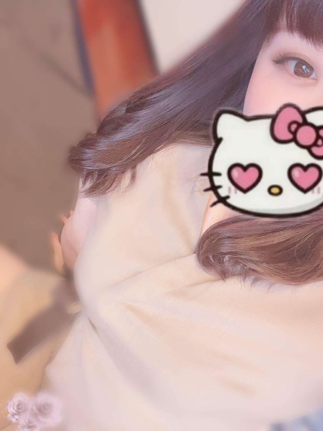 「出勤です^._.^」10/15(金) 13:04 | 猫矢 あすかの写メ日記