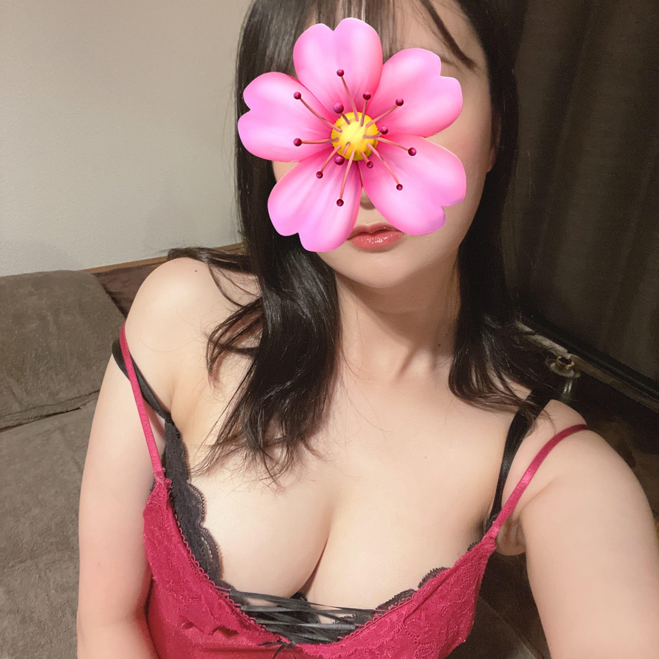 「出勤しました♪」10/15(金) 21:00   まなみの写メ日記