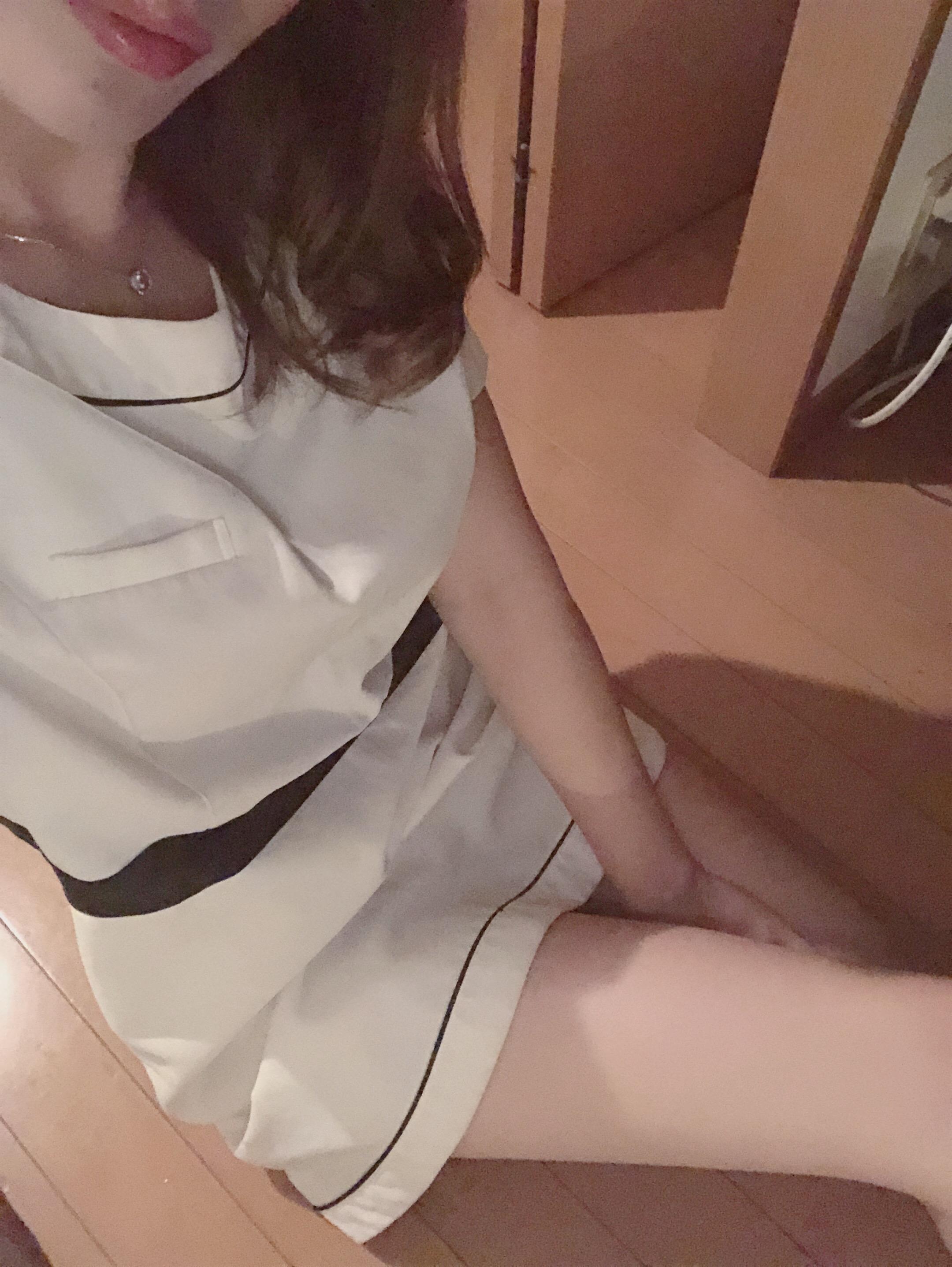 「こんにちわ」10/17(日) 00:39   西川 せとかの写メ日記