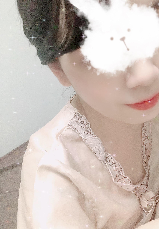 「出勤♡♡」10/18(月) 18:49   架純(かすみ)の写メ日記