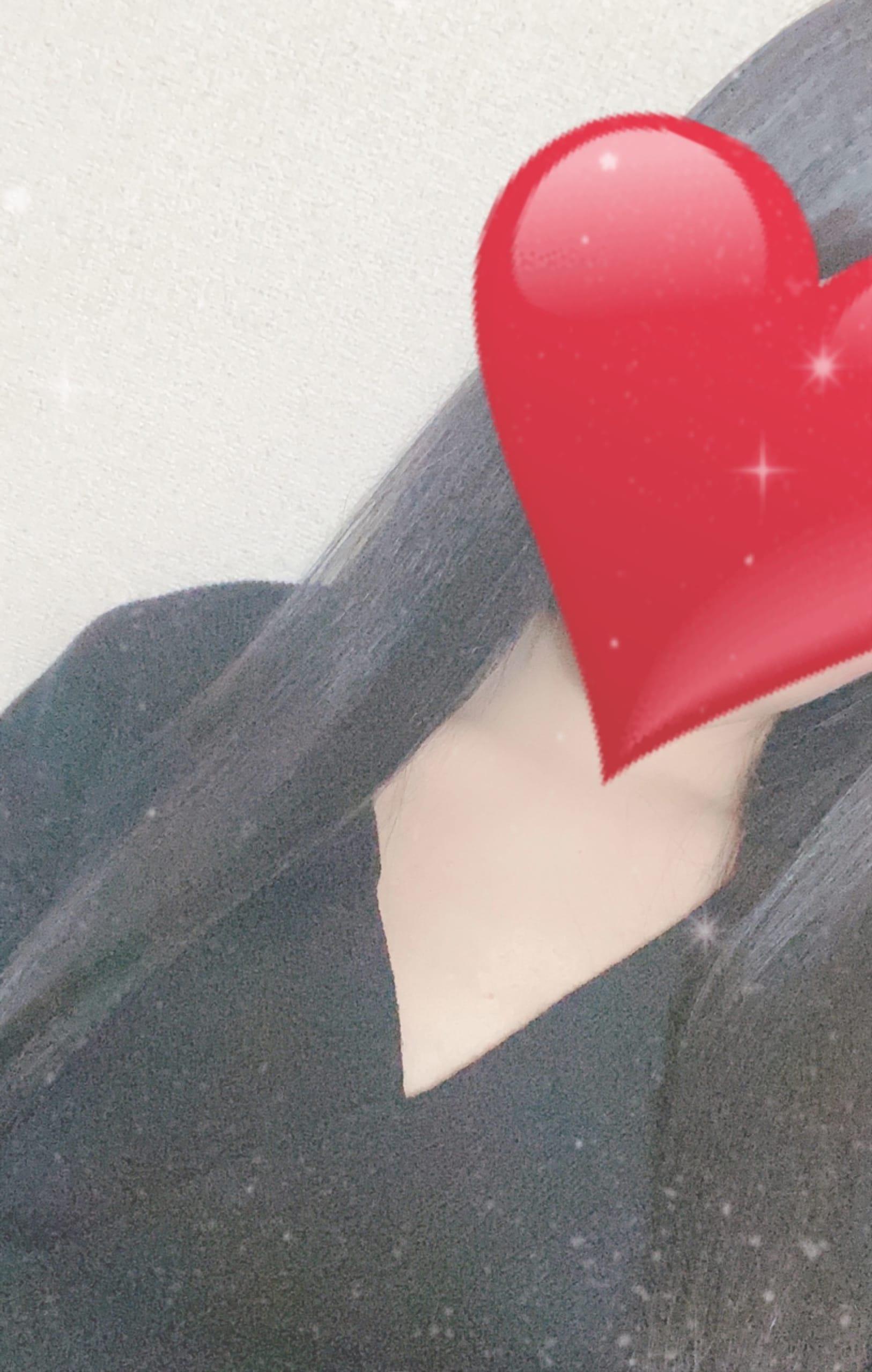 「出勤してます〜♡」10/27(水) 21:57   つばきの写メ日記
